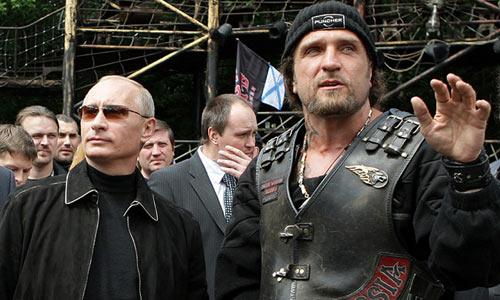 Путин на байк-шоу в Севастополе