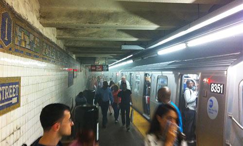 Возгорание в Нью-Йоркском метро