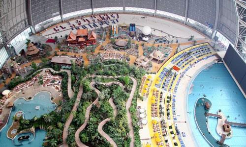 Тропический курорт в бывшем ангаре