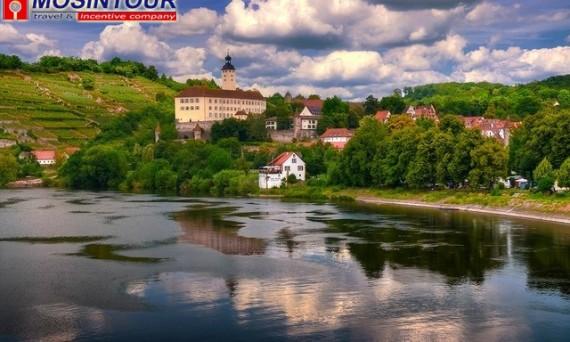 Замок Horneck (Баден Вюртемберг) - путешествие по Германии с Мосинтур - mosintour.ru.