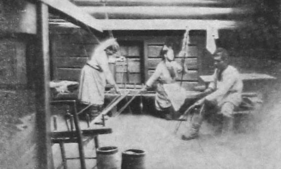 Прядильщицы в Мари. 1928 год.