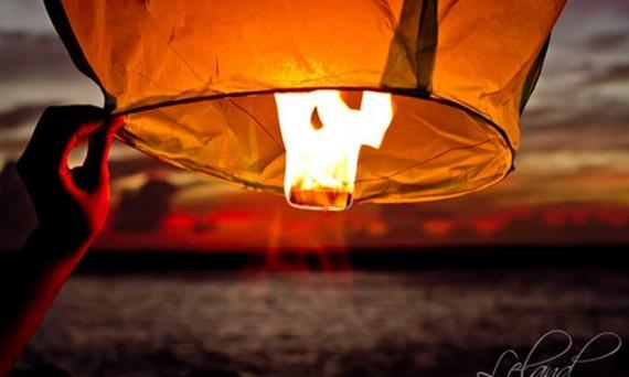 Как сделать небесный фонарик самому