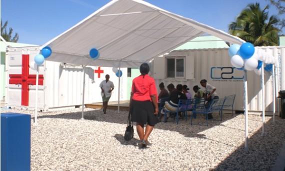 Мобильная клиника в морском контейнере. Гаити. 2012 год.